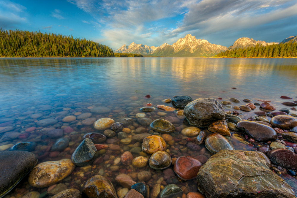 Photo of Jackson Lake Grand Teton National Park.